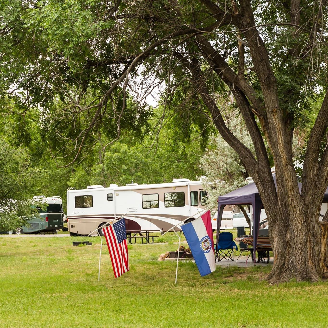 Experience the Close-Knit Communities of RV Parks